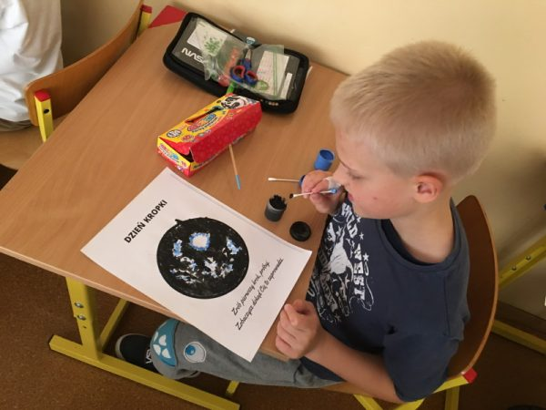 Read more about the article Dzień Kropki w kl. 1-3
